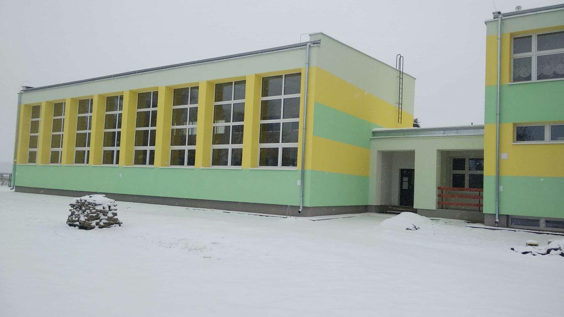 Zakończyliśmy prace termomodernizacyjne w budynkach Szkoły Podstawowej i Biblioteki